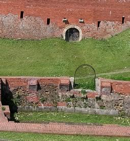 curtain walls represent fortifications