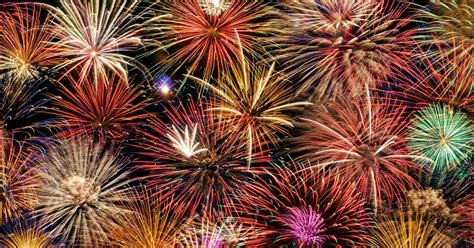 best firework display crackle goes cardiff our best of cardiff s