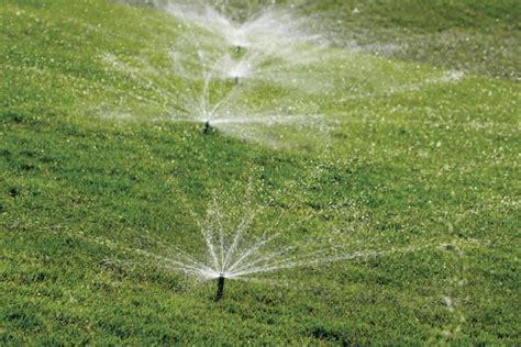 come fare irrigazione giardino irrigazione giardino irrigazione come irrigare il giardino