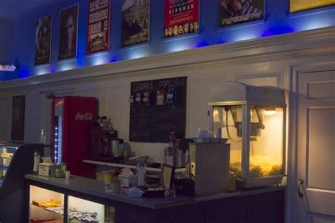 cape cinema in dennis ma cinema treasures you have 24 hours in dennis here s what to do