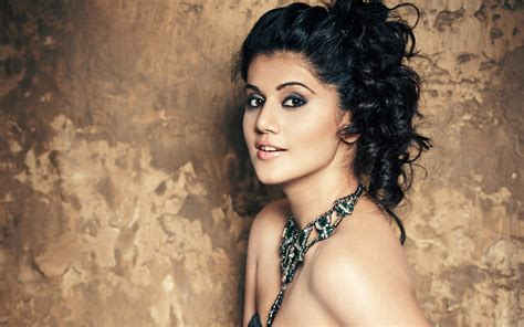 In Hd by Taapsee Pannu Wallpapers Hd Wallpapers