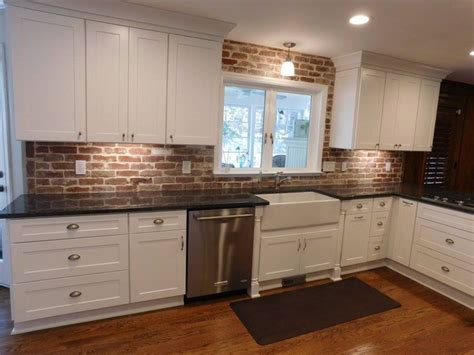 Brick Tile Kitchen Backsplash Best 25 Brick Tiles Ideas On Brick Tile Backsplash Large Laundry Room Furniture