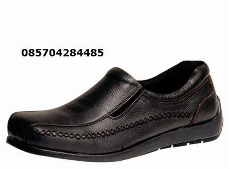 Daftar Sepatu Bata Pantofel daftar harga sepatu pantofel pria salmon mk sepatu