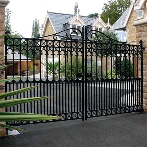 wrought iron fencing cost lowes wrought iron fence panels lowes fence panels home depot vinyl