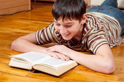 libro lying 5 reasons boys are falling behind at vox