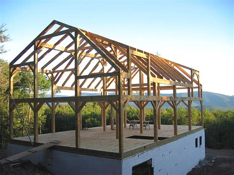 Gambrel Roof Barn Kits Timber Frame Barn Construction
