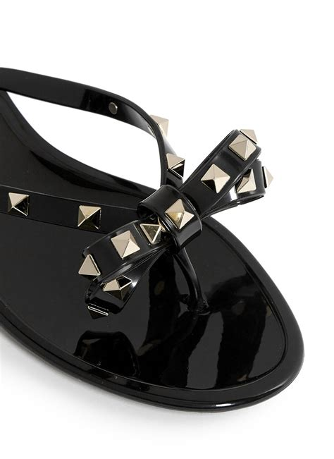 jelly flat sandals valentino rockstud bow flat jelly sandals in black lyst