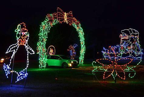 drive through christmas lights nj a drive thru light bonanza at skylands stadium christmas