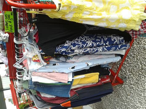 How To Price Garage Sale Items Baby by Yard Sale Items Lots And Lots Of Items For Low Low Prices