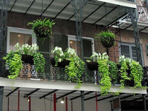 Ada Balkon di Rumah? Ini Cara Mendekorasinya   Rumah dan