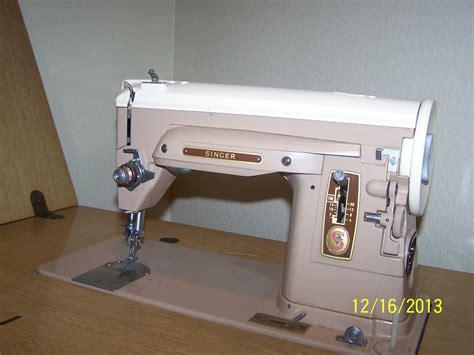 Help to identify older Singer Sewing machine