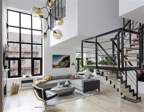 6 Of The Best New York Apartments To Rent New York Apartment For Rent Living Room For Rent Nyc