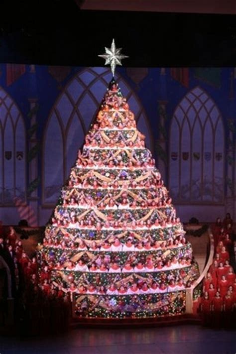 singing christmas tree a christmas to remember pinterest