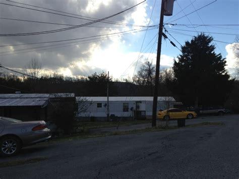 The At Knob Creek Johnson City Tn by 185 197 Knob Creek Dock Rd Johnson City Tn Apartment
