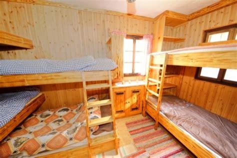 kleine berghütte mieten chestha k 252 cheninsel landhaus idee