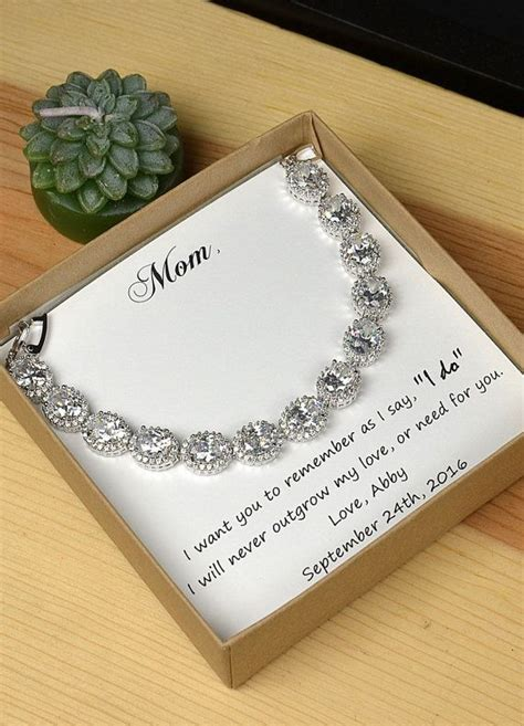 Wedding Gift Jewelry Ideas by 25 Best Ideas About Groom Wedding Gifts On