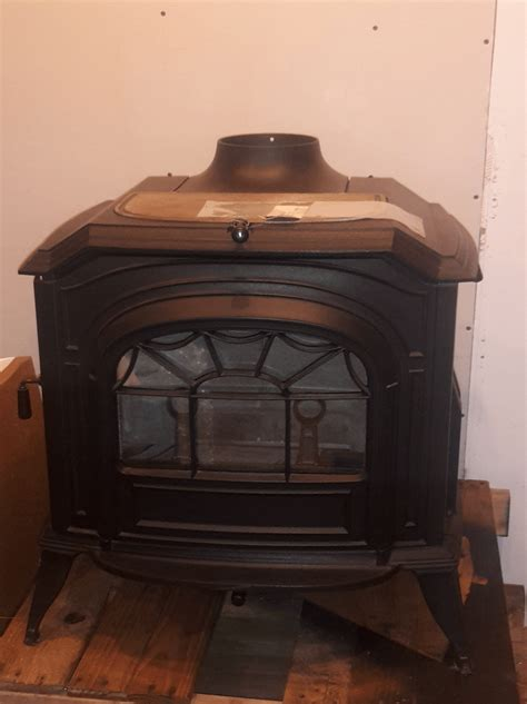 Cabin Stove by Cozy Cabin Stove Fireplace Shop Vermont Castings Resolute