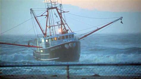 coast guard vessel flips on way to fishing boat that ran - Cost Of Fishing Boat