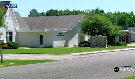 mississippi alleges funeral home refused to cremate