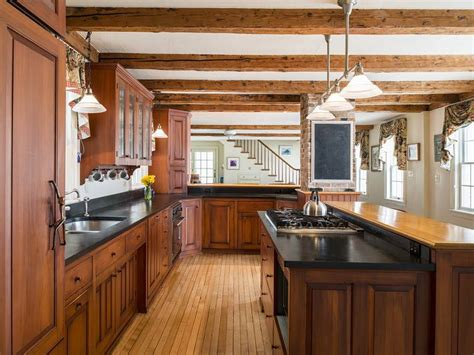 Maine Kitchen Cabinets Bath Maine Cabinetry Builder The Kennebec Co Is Acquired By Its President Woodworking Network