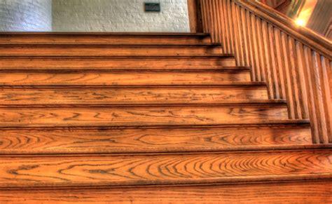 Recouvrir Des Marches D Escalier 2047 by Comment Recouvrir De Papier Peint Des Contre Marches D
