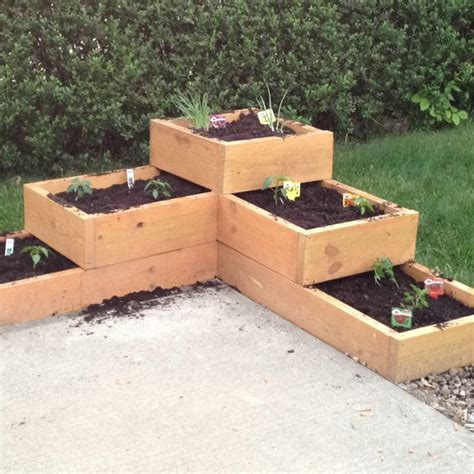 raised vegetable garden planter and plant bed liners youtube raised vegetable planter boxes woodworking projects plans