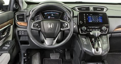 honda crv 2017 interior 2017 honda cr v makes a strong first impression consumer