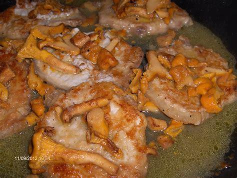 cucinare i funghi galletti arista di maiale con funghi galletti cucina mon amour