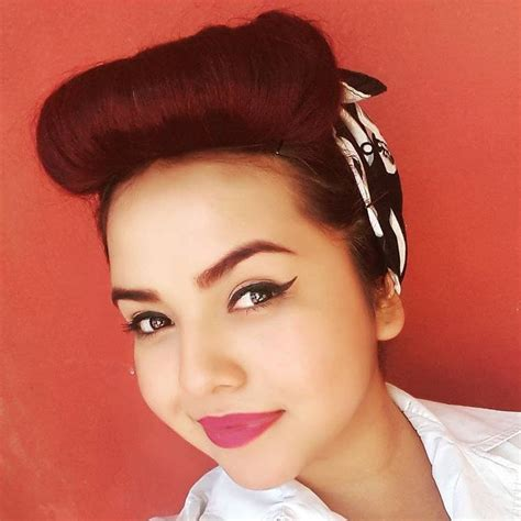 Pin Up Scarf Hairstyles by 40 Pin Up Hairstyles For The Vintage Loving