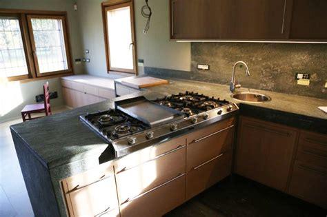 materiali top cucina top cucina materiali 48 images piani cucina come