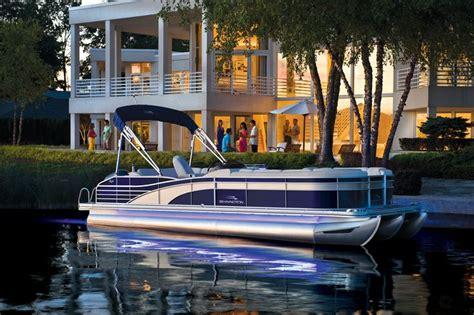 pontoon boat rental pewaukee lake 25 best ideas about luxury pontoon boats on pinterest