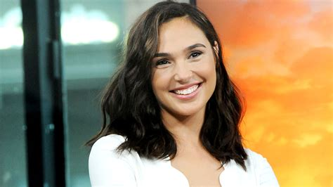 top hollywood actors wikipedia wonder woman gal gadot fights way to no 1 on top actors