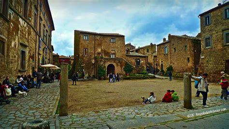 Balconies civita di bagnoregio the dying town the palladian traveler