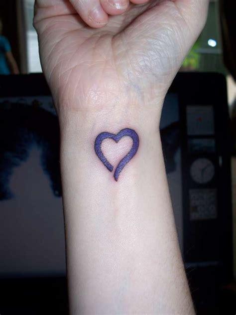 tattoo on right wrist heart tattoo images designs