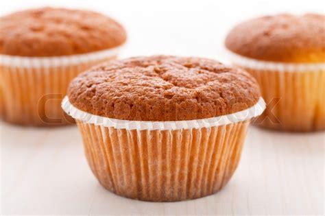 muffins kuchen leckere muffins kuchen stockfoto colourbox