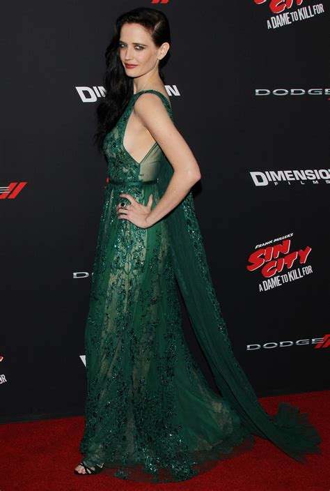 desain gaun red carpet duet eva green jessica alba pukau red carpet sin city 2
