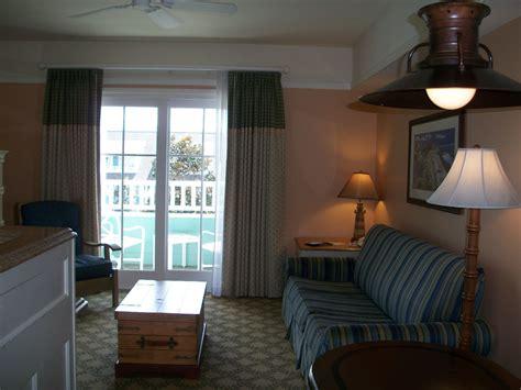review   disneys beach club  bedroom dvc villa touringplanscom blog