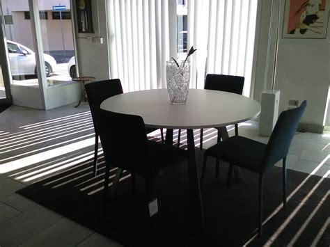 tavoli in offerta tavolo rotondo allungabile in offerta tavoli a prezzi