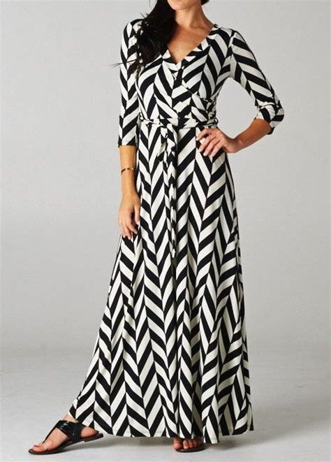 black and white pattern long sleeve dress long sleeve maxi dress black white chevron pattern