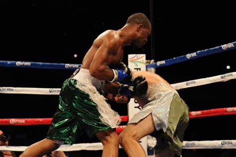 christopher russell maryland cornelius bundrage ko s cory spinks defends his ibf