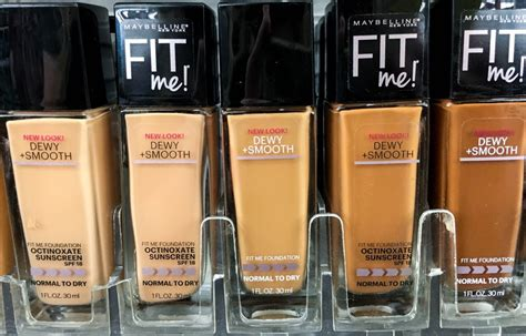 Maybelline Fit Me Dewy And Smooth maybelline fit me foundation review dewy smooth matte