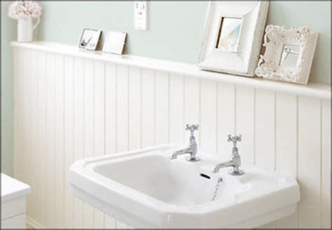 beadboard around bathtub beadboard wainscoting on pinterest paintable wallpaper