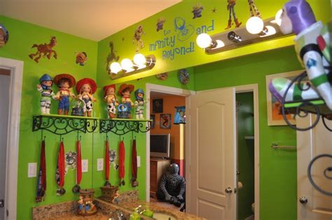 toy story bathroom disney decor toy story disney bathroom pinterest