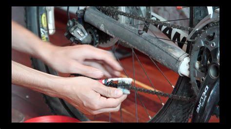 limpia cadenas bicicleta c 243 mo limpiar la cadena de tu bici con cepillos de dientes