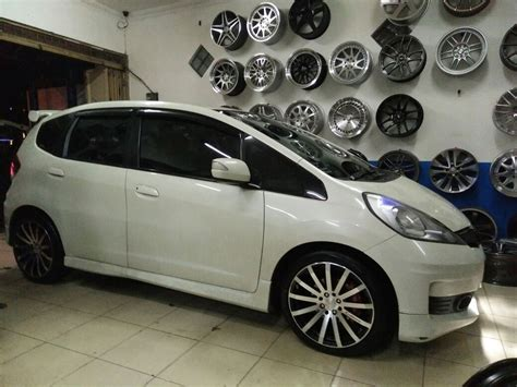 Velg Mobil Prodriu Ring 17 Jayaban Autofashion Indonesia Velg Dan Ban Untuk Mobil