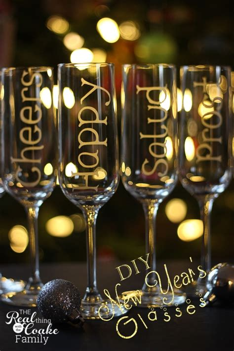 wine new year personalized chagne glasses using glass etching