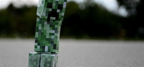 How To Make A Paper Creeper From Minecraft - how to make a real exploding minecraft creeper