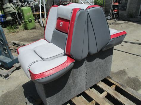 bowrider boat seats 1989 four winns sun downer boat back to back seat base