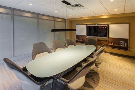 Midwest Office Interiors by Midwest Commercial Interiors Big D Construction