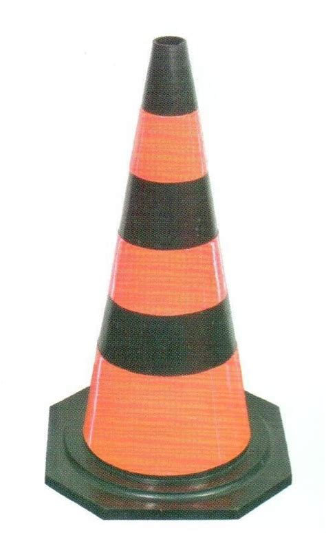 Generic Rubber 70cm Traffic Cone broadwoodltd